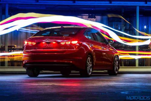 Những điều cần biết trước khi chọn Hyundai Elantra 2017 - 2