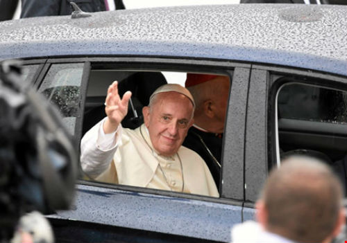 Đức Giáo hoàng công nhận Messi giỏi hơn Pele và Maradona - 2