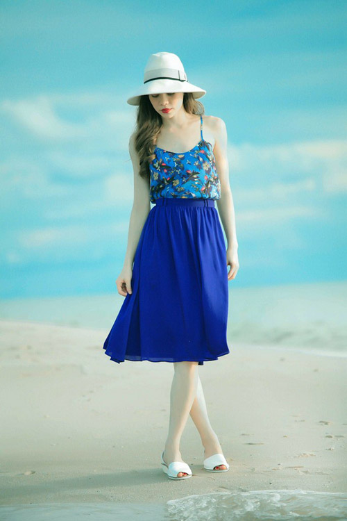 Hồ Ngọc Hà mải miết mặc đẹp với 1001 kiểu chân váy - 14