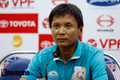 """Bị """"cướp"""" bàn thắng, không được đá lại, S.Khánh Hòa cho qua - 2"""