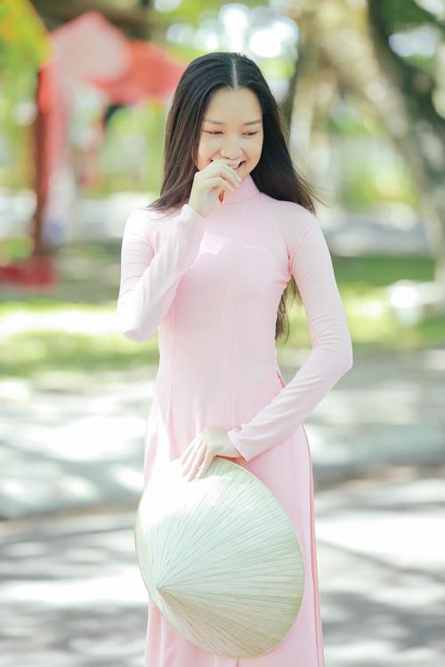 """""""Nàng thơ xứ Huế"""" tại HHVN 2016 mê hoặc với áo dài - 8"""