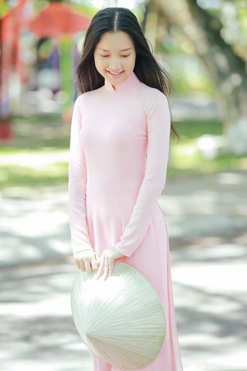 """""""Nàng thơ xứ Huế"""" tại HHVN 2016 mê hoặc với áo dài - 6"""