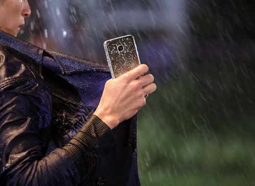 """Chiếc điện thoại khiến máy ảnh chuyên nghiệp """"thất sủng"""" tại Next Top Model - 4"""