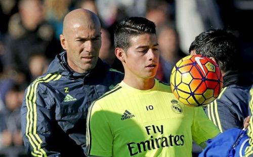 Real Madrid: Mất BBC, ai sẽ cứu Zidane - 2