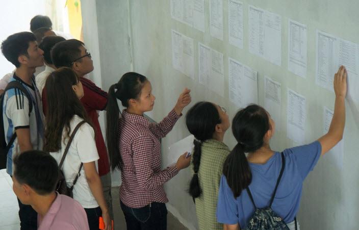 Hà Nội: Điểm chuẩn dự kiến vào các trường đại học giảm - 1