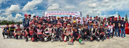 Honda Việt Nam khởi động chuỗi các giải đua xe 2016 tại tỉnh Bình Dương - 1
