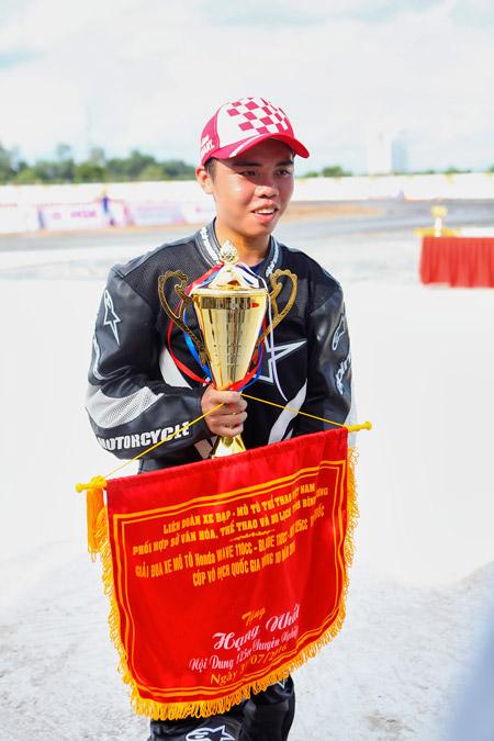 Honda Việt Nam khởi động chuỗi các giải đua xe 2016 tại tỉnh Bình Dương - 6