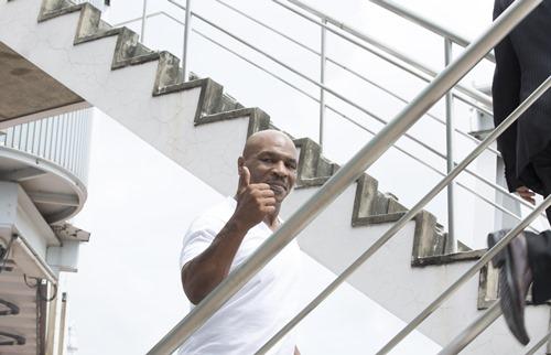 Mike Tyson tất bật trên phim trường tại Việt Nam - 5