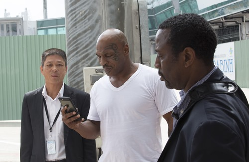 Mike Tyson tất bật trên phim trường tại Việt Nam - 4