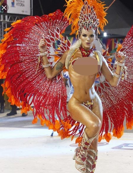 """Mẫu chuyển giới Brazil có đường cong """"siêu tưởng"""" - 6"""