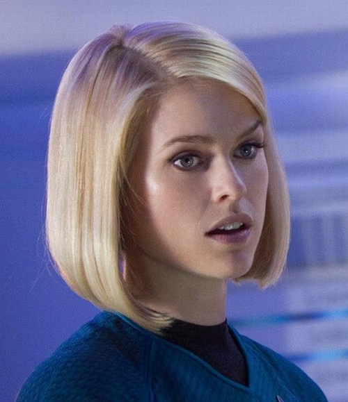 """Cảnh bikini gây tranh cãi suốt nhiều năm của """"Star Trek"""" - 3"""