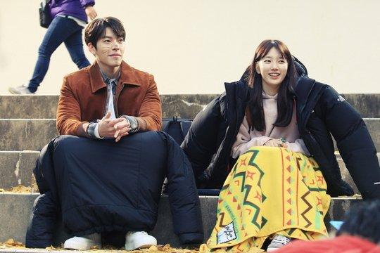 """Phát ghen cảnh """"yêu không kiểm soát"""" của bạn gái Lee Min Ho - 7"""
