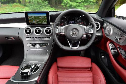 Nên chọn mua Mercedes C-Class Coupe hay Lexus RC? - 3