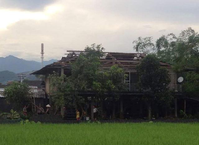 Dông lốc khủng khiếp ở Yên Bái, nhiều nhà bị thổi tung - 10
