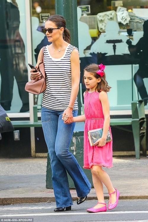 Con gái Tom Cruise lớn quá nhanh khiến fan bất ngờ - 3