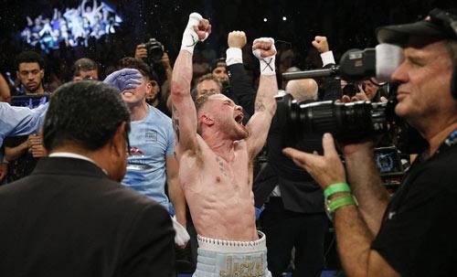 """Boxing: """"Kẻ hủy diệt"""" hạng gà hạ VUA hạng lông - 4"""