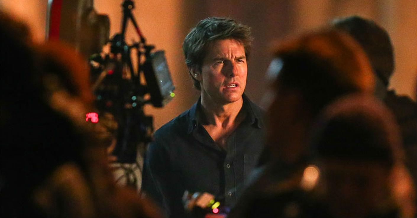 """Tom Cruise phong độ trên trường quay """"Xác ướp"""" - 1"""