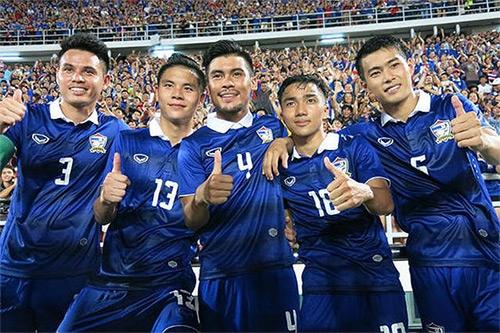 Người Thái sẽ buông AFF Cup 2016? - 1