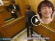 Video: Hài hước cảnh phim Bi Rain khoe vòng ba