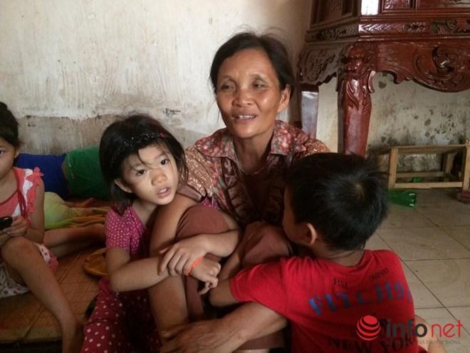 Chuyện chưa kể về bà mẹ 14 lần tự vượt cạn giữa thủ đô Hà Nội - 1