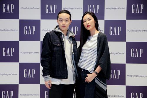 Gia đình sao Việt hiện đại trong trang phục GAP - 3
