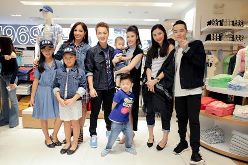 Gia đình sao Việt hiện đại trong trang phục GAP - 4