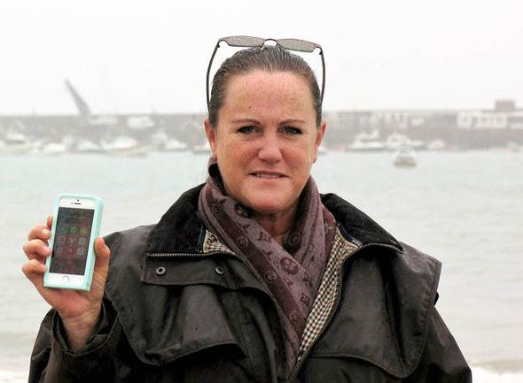 iPhone rơi xuống biển 1 tháng và cái kết bất ngờ - 1