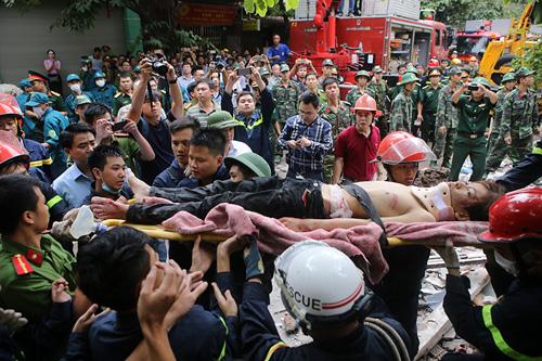 Chùm ảnh hiện trường đổ nát sau vụ sập nhà 4 tầng ở HN - 5