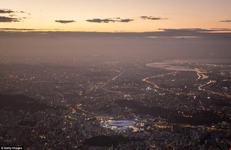 Hình ảnh đẹp ngỡ ngàng ở Rio trước lễ khai mạc Olympic - 11