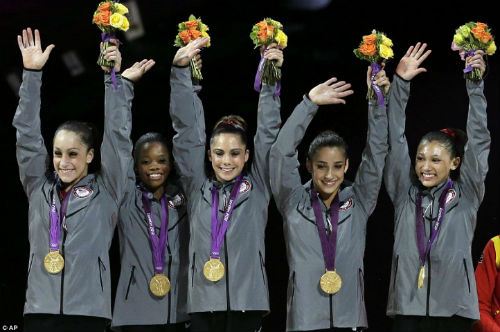 Bảng xếp hạng HCV Olympic: Chuyện riêng Mỹ - Trung Quốc - 1