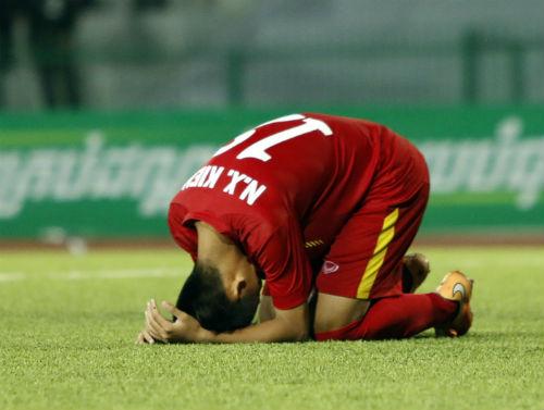 Bóng đá VN: 2 năm thua 3 trận CK, cay đắng trước Thái Lan - 2