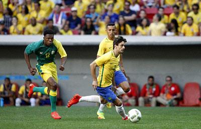 Chi tiết O.Brazil – O.Nam Phi: Chống đỡ kiên cường (KT) - 3