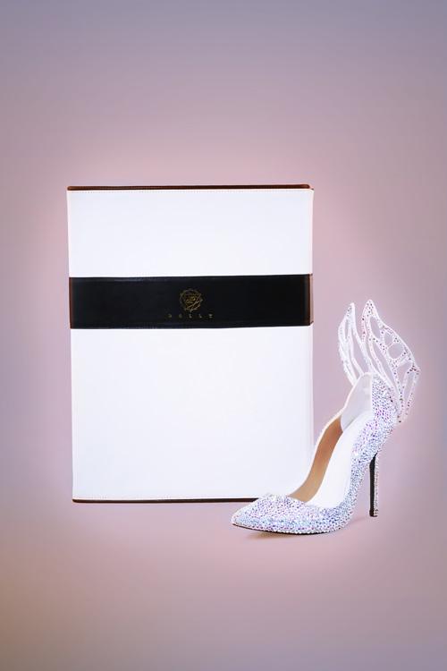 Chiêm ngưỡng thiết kế giày đặc biệt dành cho tân HHVN 2016 - 2