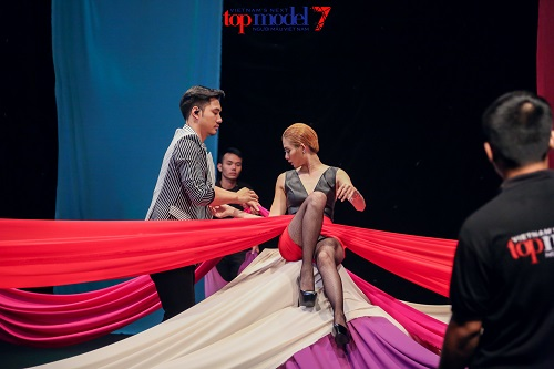 """Next Top Model: Lý Quí Khánh tiết lộ lý do """"cứu"""" người kém - 4"""