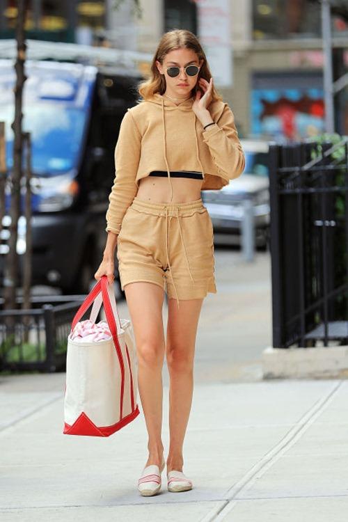 Khi hotgirl Hollywood mê giày bệt - 10