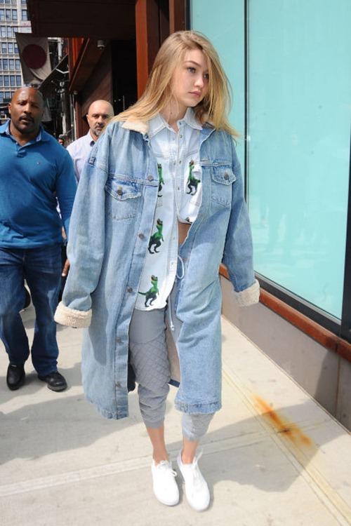 Khi hotgirl Hollywood mê giày bệt - 6