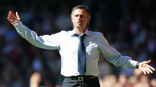 Mourinho và dớp siêu cúp Anh: Thua là... bị sa thải - 1