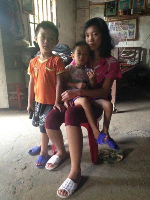 Gia cảnh nghèo của cậu bé 4 tuổi dị dạng lồng ngực - 4