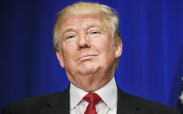 Chán Trump, nhiều đại gia Mỹ quay ra ủng hộ bà Clinton - 2