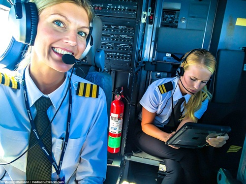 Nữ phi công xinh đẹp, quyến rũ nhất thế giới - 9