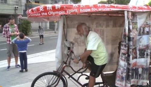 Nông dân Trung Quốc đạp xe suốt 15 năm đến Brazil dự Olympic - 1