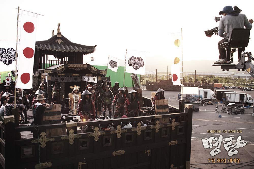 Trường quay của bộ phim hút 1/3 dân Hàn đổ xô đi xem - 10