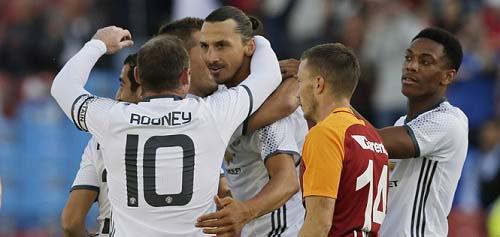 """Ibra - Rooney: Hai """"bạc già"""" cứng cựa của Mourinho - 2"""