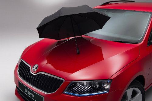 Skoda quyết định tích hợp ô chống nắng cho loạt xe - 1