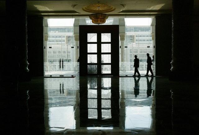 Malaysia: Kẻ hiếp dâm trẻ em không bị phạt gây phẫn nộ - 2