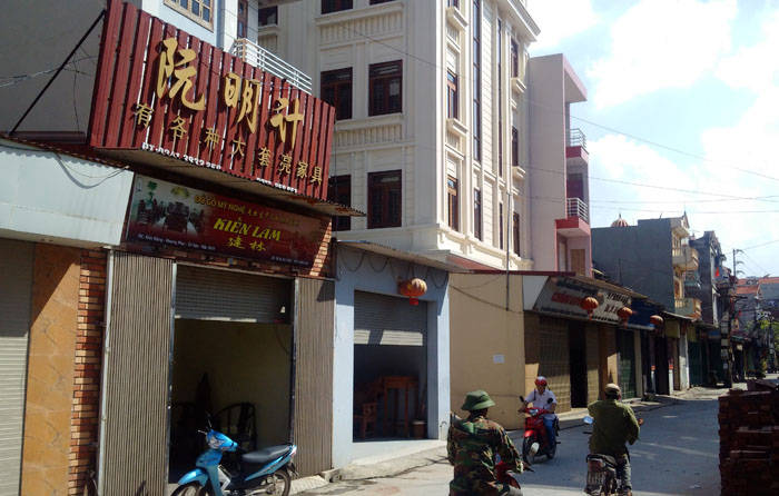 """""""Khu phố Trung Quốc"""" xuất hiện ngay sát Thủ đô - 11"""