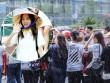Fan Việt đội mưa đón cô gái xinh đẹp nhất nhóm 2NE1
