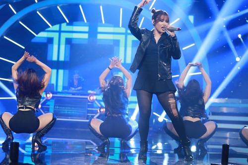 """Quán quân Sao Mai dừng chân ở Top 8 """"Vietnam Idol"""" - 8"""