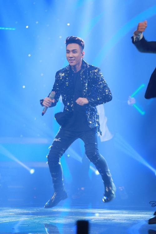"""Quán quân Sao Mai dừng chân ở Top 8 """"Vietnam Idol"""" - 6"""