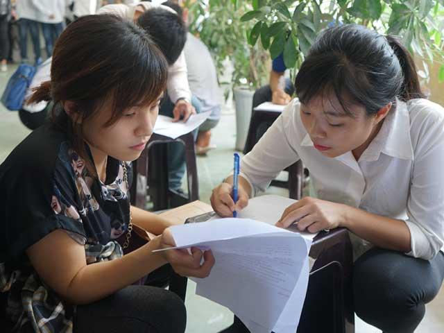 Hà Nội tăng học phí: Nông dân lấy đâu ra mỗi tháng vài triệu đồng? - 1
